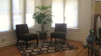 LivingroomAfter1.JPG (Md:350x196)